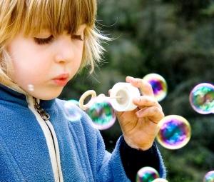 Soapbubbles-SteveEF wikimedia